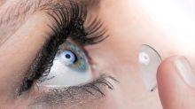 3 cosas que no deberías hacer con las lentillas puestas