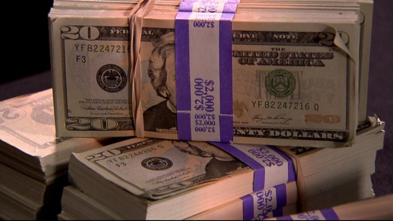 paper for counterfeit money Recent arrests show government high-tech safeguards against counterfeit money are increasingly proving no match for crooks cashing in with basic household items such as soap, glue and office printers.