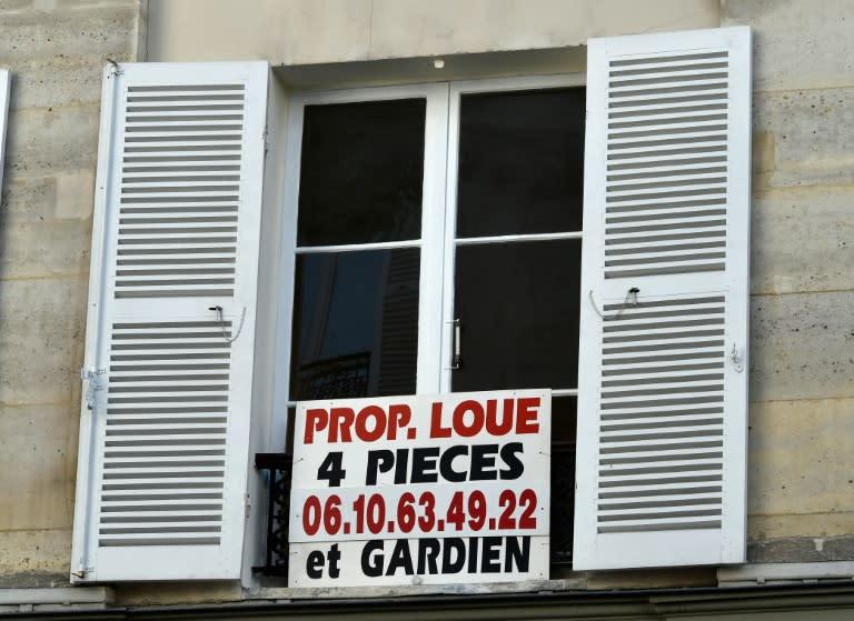 l 39 encadrement des loyers tendu la banlieue parisienne. Black Bedroom Furniture Sets. Home Design Ideas