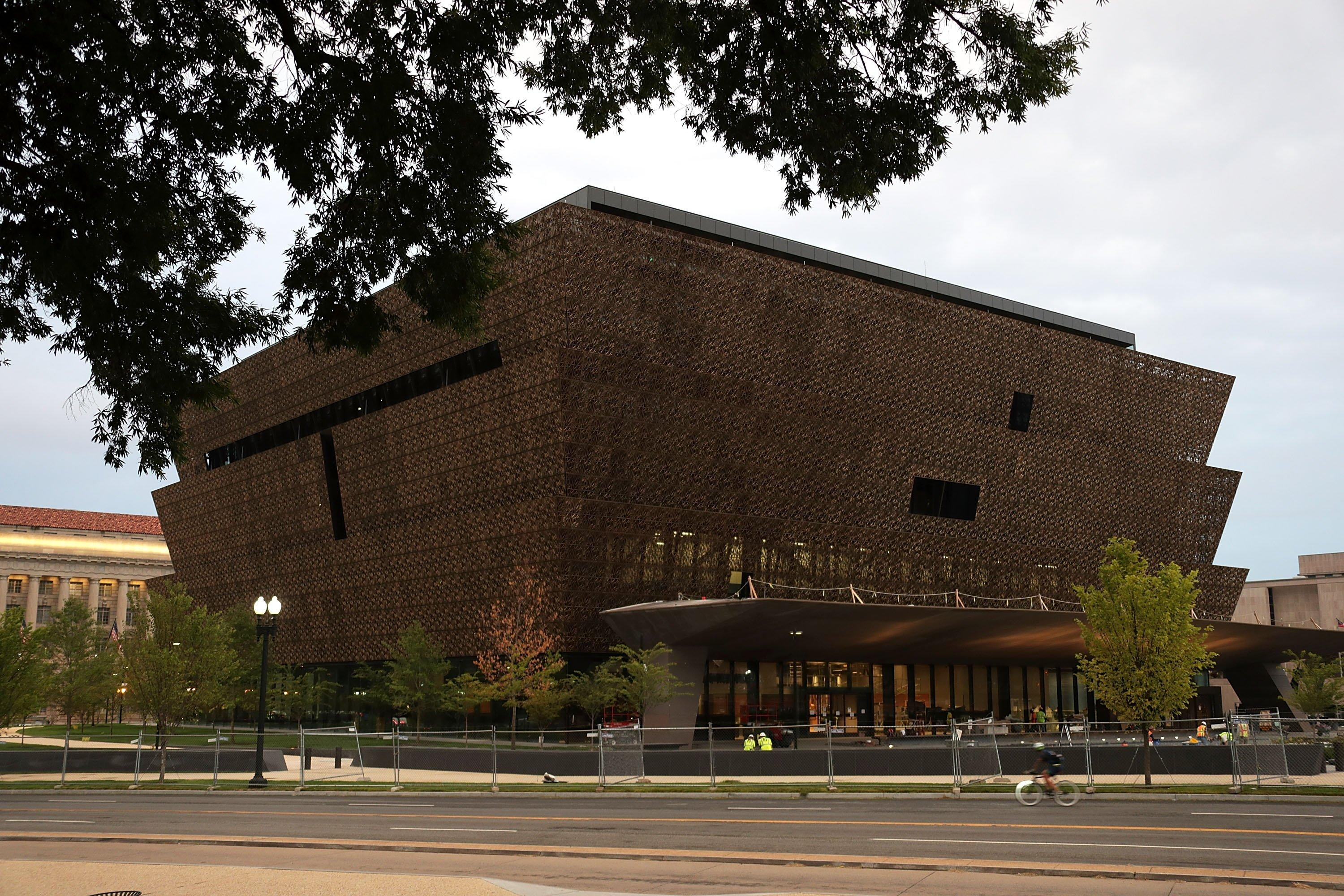 african american musuem Located in dallas' historic fair park, the african american museum is the only museum in the southwestern united states devoted to the collection, preservation and display of african american artistic, cultural and historical materials that relate to the african-american experience.