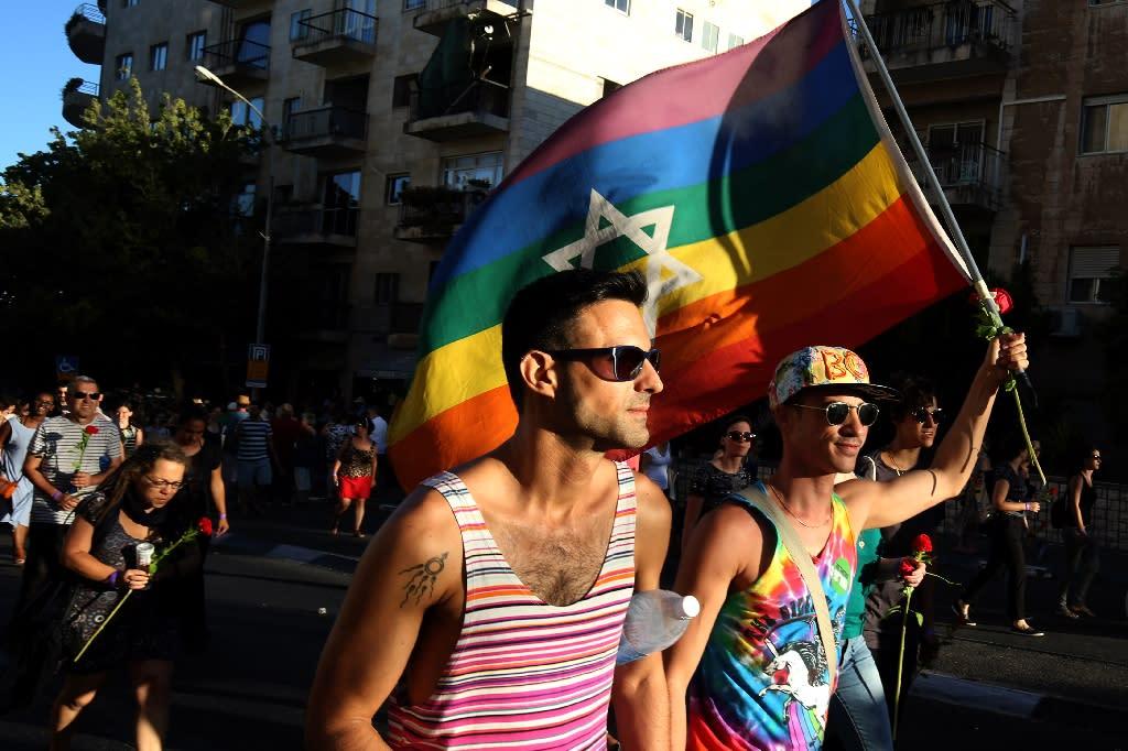 Israelis participate in Jerusalem's Pride Parade on July 21, 2016 (AFP Photo/Gali Tibbon)