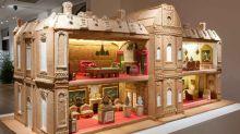 全薑餅製作也太神了吧!猶如布達佩斯大酒店般甜美的巨型薑餅屋,把童夢都成真了!