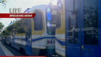 Broken Wire Causes Light Rail Delay