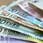 EUR/USD Forecast: Holds On To Its Bullish Stance But Needs To Clear The 1.2170 Resistance