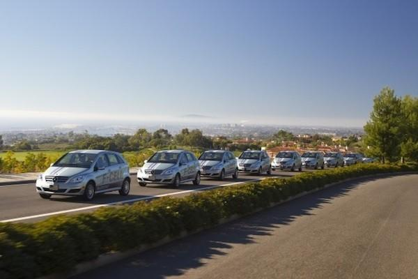 Daimler says fuel cell vehicles will cost the same as diesel hybrids by 2015