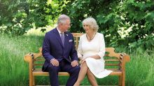 Família real britânica divulga fotos de cartão de Natal