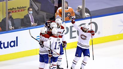 Canadiens chase Hart in Game 2 rout of Flyers