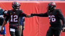 Brady lifts Bucs past hapless Broncos, 28-10
