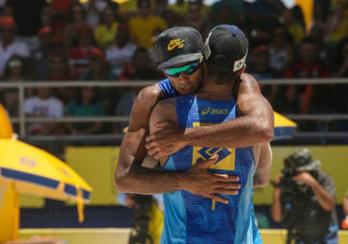 Pedro e Guto vencem na superação e levam primeiro ouro da parceria