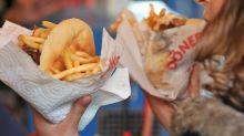 """""""Kebab"""" ou """"grec"""" ? Le débat fait rage sur les réseaux sociaux"""