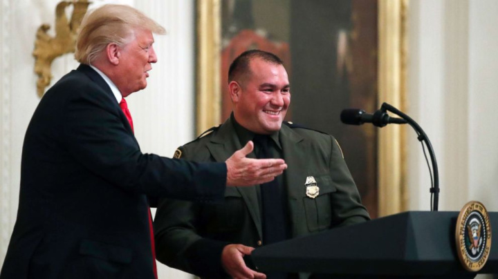 Trump says Hispanic officer 'speaks perfect English'