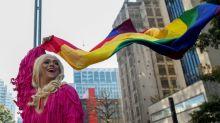 Parada LGBT inunda São Paulo exigindo 'respeito' em um Brasil conservador