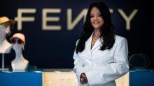 Rihanna Segera Rilis Parfum, Simak Syarat untuk Dapat Sampelnya