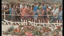 Tourists pay respect to massacre victims on Sousse beach
