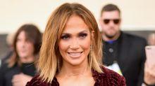 El atrevido atuendo de Jennifer López en los Billboard Music Awards; mírala