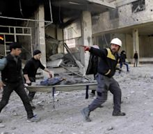 Government bombing of Damascus suburbs kills more than 100