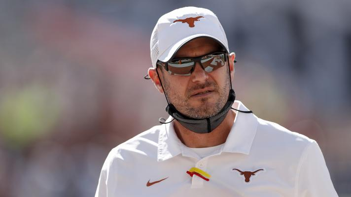 Is it time for Texas to move on from Tom Herman? | Yahoo Sports College Podcast