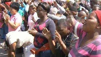 Families demand release of SAfrican mineworkers
