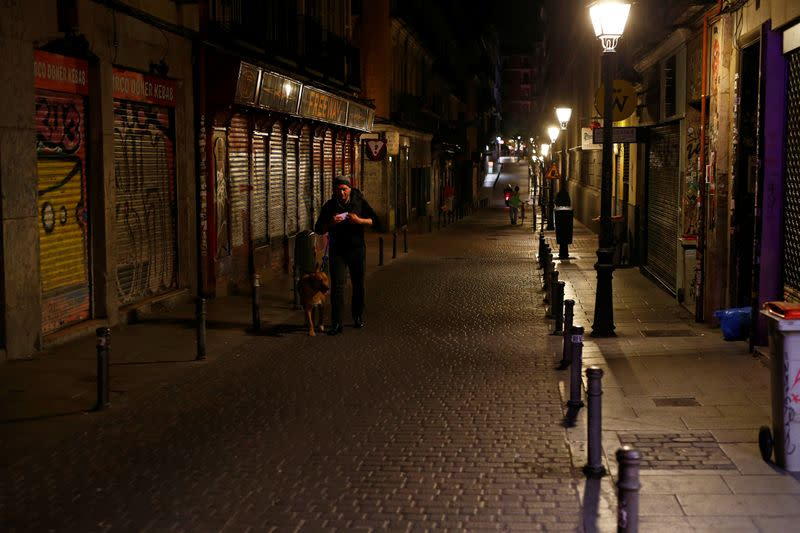 Madrid mulls targeted COVID-19 lockdowns as infections surge