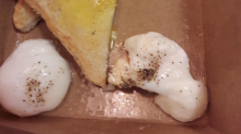 Outrageous $10 airport breakfast infuriates the internet