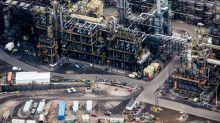 Suncor Profit Tops Estimates as Refining Arm Blunts Crude Woes