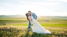 Newlyweds search for lost wedding photos after photographer misplaces memory cards