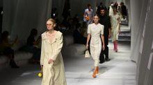 """""""Le risque, c'est que tout le monde s'engouffre dans le numérique"""" : la Fashion Week à Paris démarre en petit comité"""