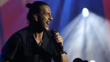 Ricardo Arjona vuelve a la música... y sí, pareciera ser más de lo mismo