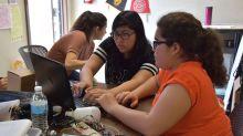 La gran mayoría de los alumnos sin hogar en California son latinos