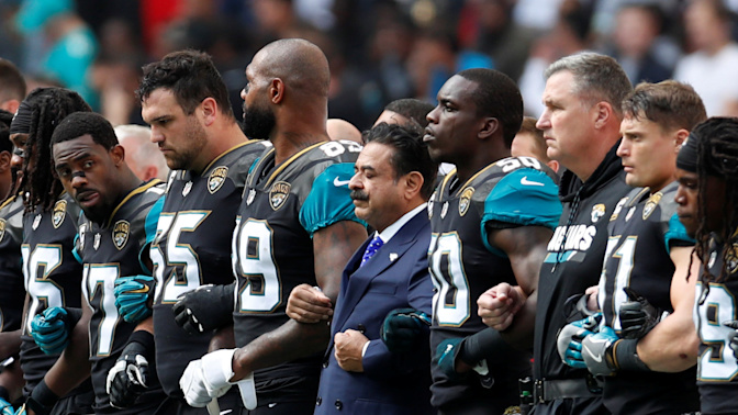 NFL shows it won't sink to president's level