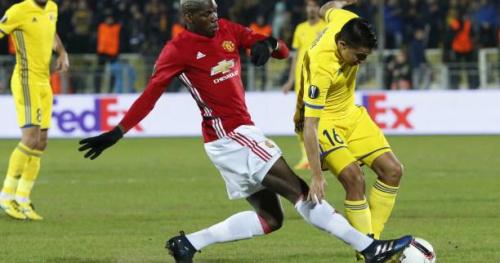 Foot - C3 - MU - Manchester United : Paul Pogba touché à la cuisse droite et remplacé par Marouane Fellaini