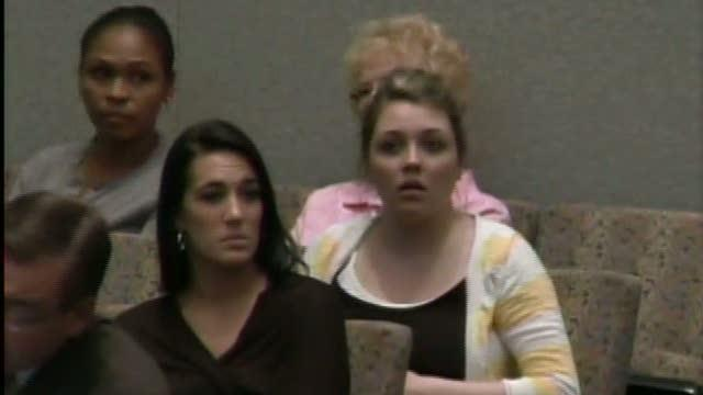 Focus is on bones, hair, and duct tape in Casey Anthony case