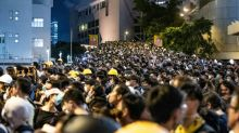 Polícia de Hong Kong investigará manifestantes por bloqueio de sede