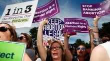Contre les lois anti-IVG, une élue américaine propose la vasectomie obligatoire après 50 ans