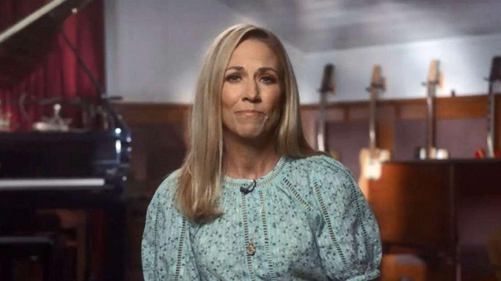 Sheryl Crow urges women to take breast cancer screening seriously amid COVID-19 pandemic