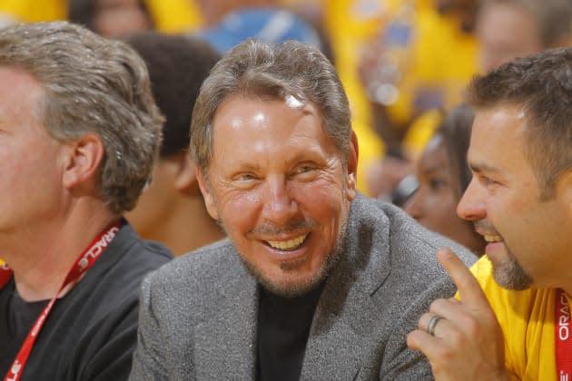 Larry Ellison steps aside as Oracle CEO, former HP exec Mark Hurd promoted