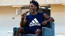 Globo contrata ex-jogador Zé Roberto e reforça equipe de comentaristas
