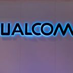 Qualcomm lobbies U.S. to sell chips for Huawei 5G phones: WSJ