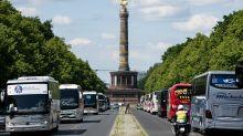 Protest-Korso: Reisebusse legen den Verkehr in Berlin lahm