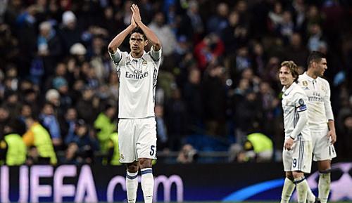 Primera Division: Real bangt: Innenverteidiger Raphael Varane angeschlagen