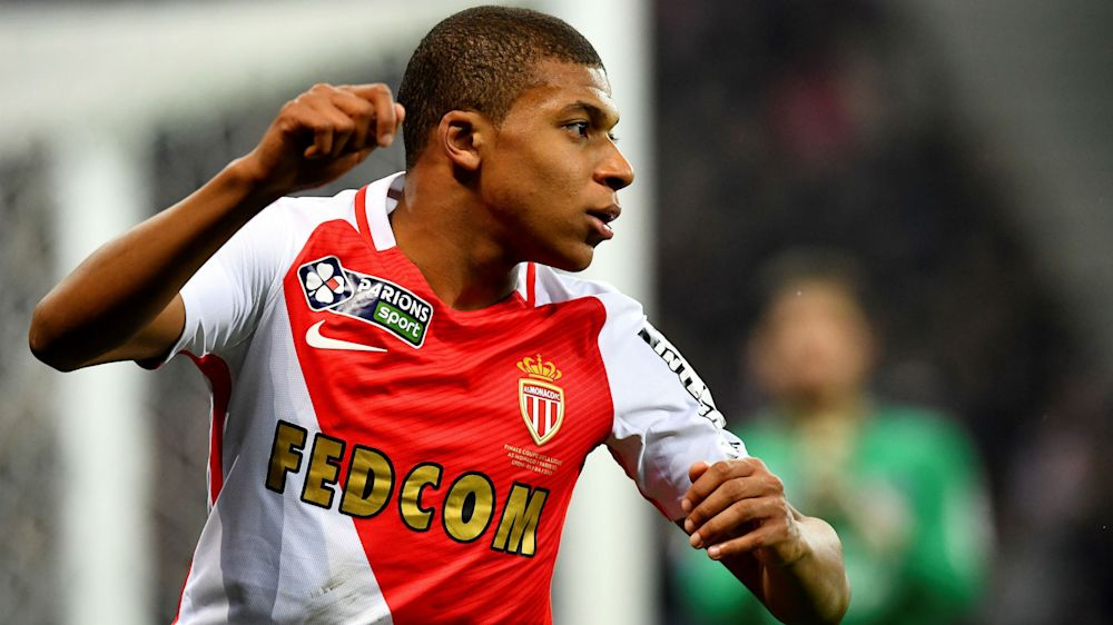 'Barca humiliation doesn't totally tarnish PSG appeal' - Mbappe reveals attraction to Ligue 1 rivals