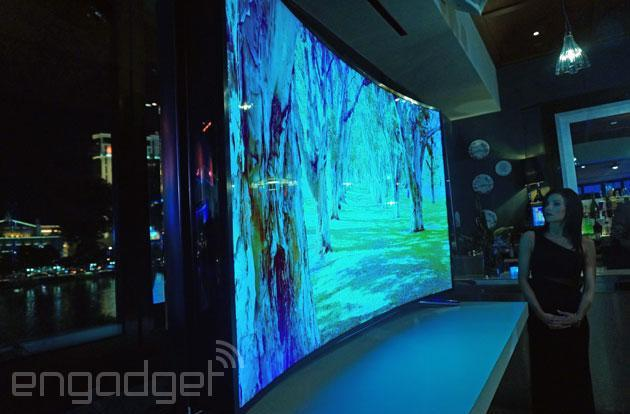 Samsung's 105-inch curved UHD TV and 85-inch bendable screen hit retail this year