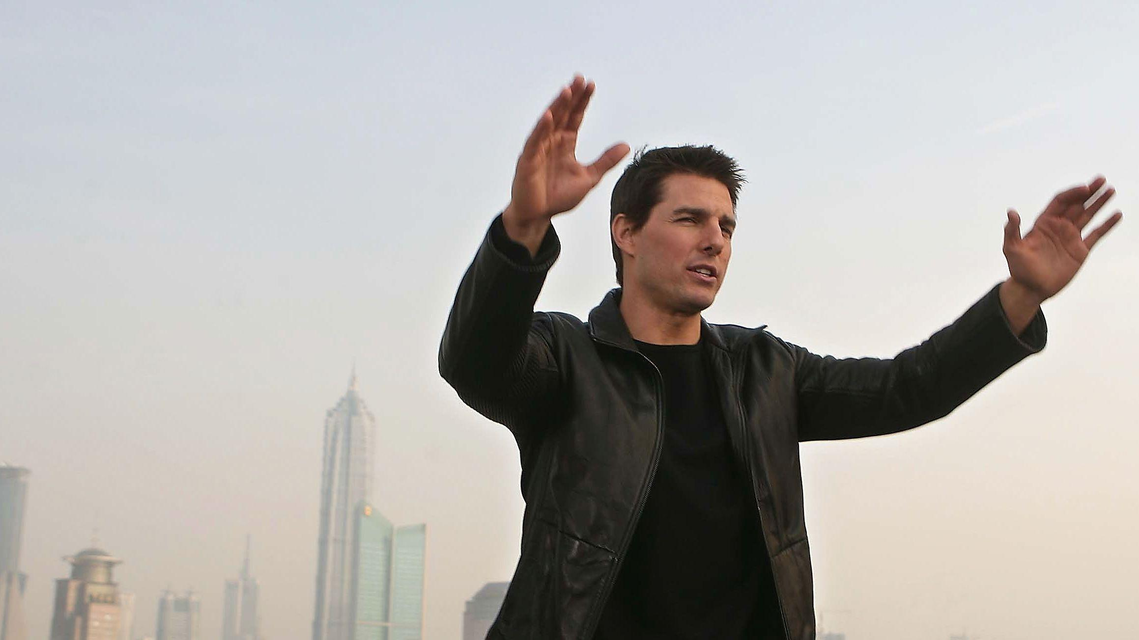 """Tom Cruise's next """"Mission: Impossible"""" film halts production as coronavirus cases spike in ..."""