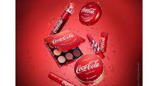 Coca-Cola lança linha de maquiagem