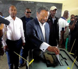"Gabon opposition candidate calls on President Bongo to ""acknowledge his defeat"""
