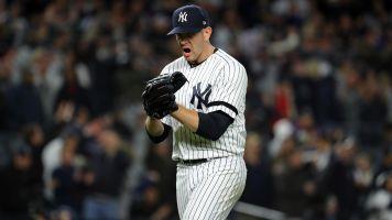 Unlikely hero Paxton keeps Yankees alive