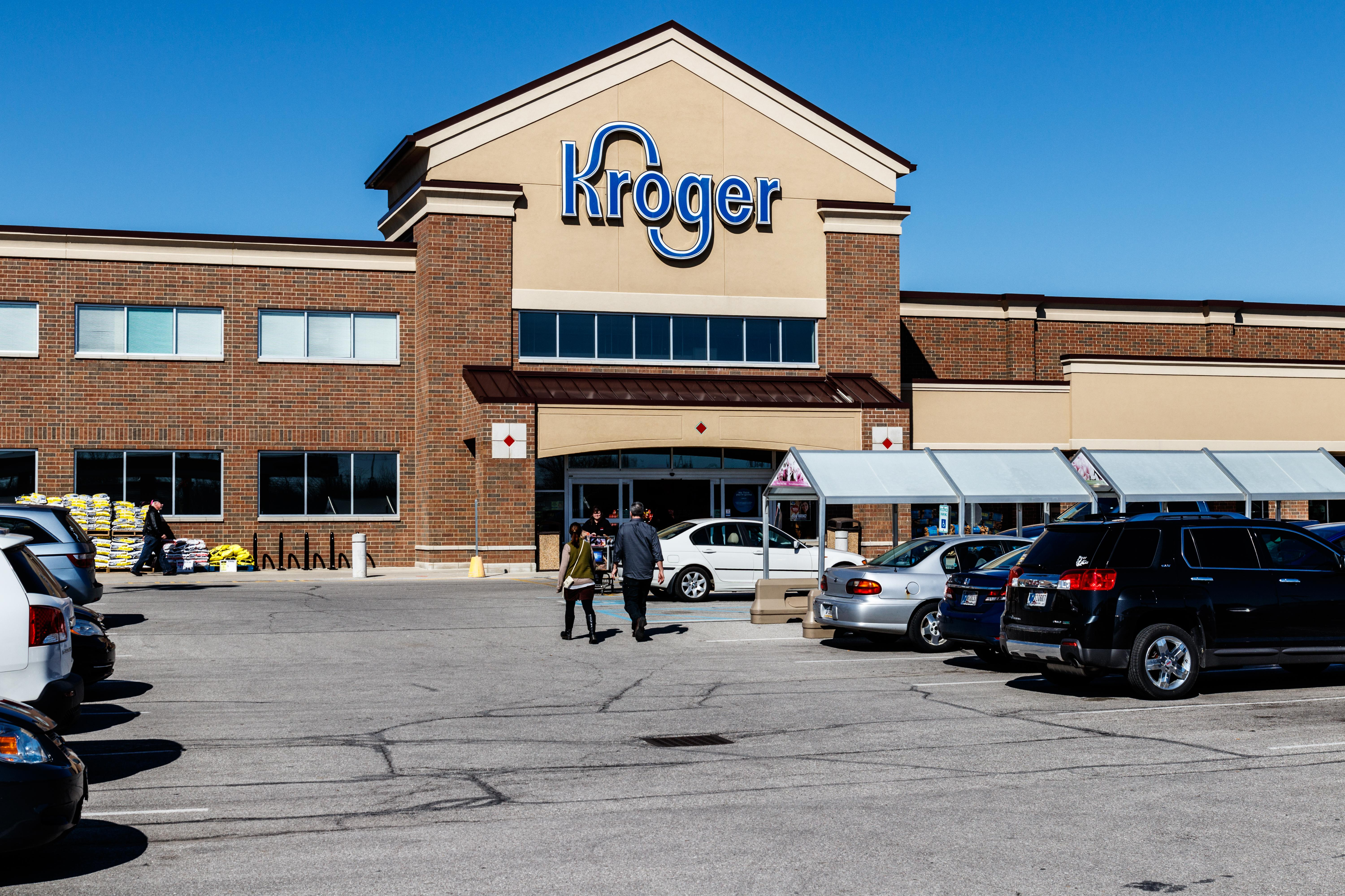 Kroger, Broadcom earnings — What to know in markets Thursday