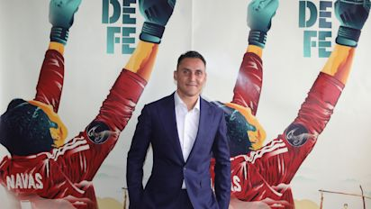 """Keylor Navas presenta su documental """"Hombre de fe"""" y sus amigos del Real Madrid lo apoyan"""