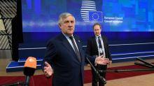 Migranti, Tajani: da Francia mentalità da invasione napoleonica