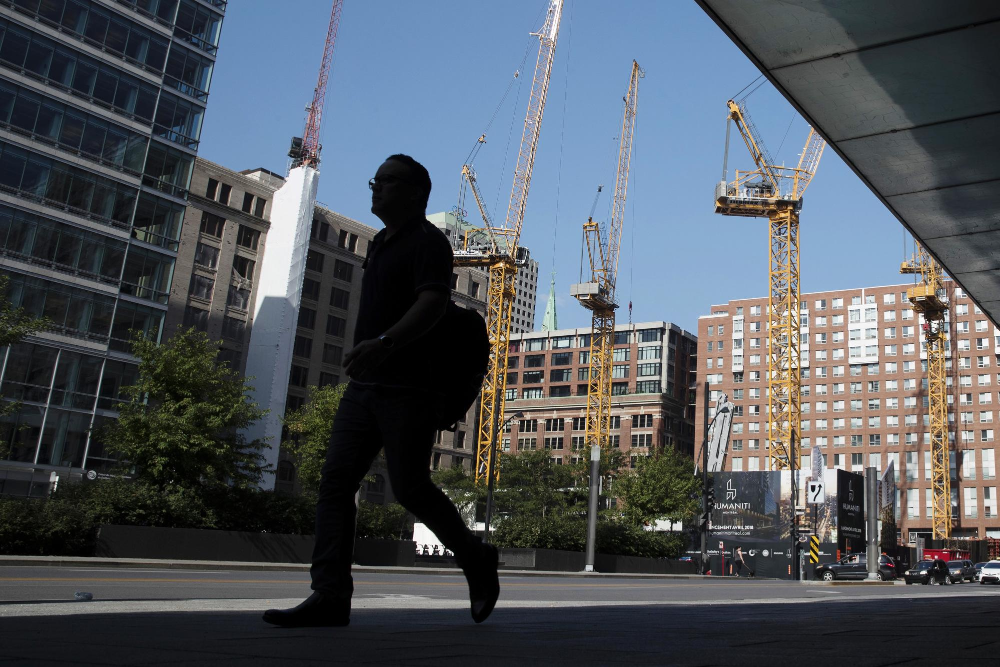 Canada Housing Starts Top Forecasts on Vancouver Gain